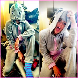 MileyCyrus-UnicornLRG