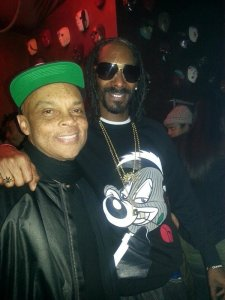 Carl Jones with Snoop Dogg in December 2013